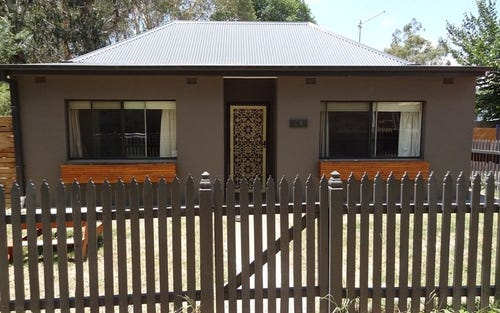 24 Vale Road, Bathurst NSW 2795