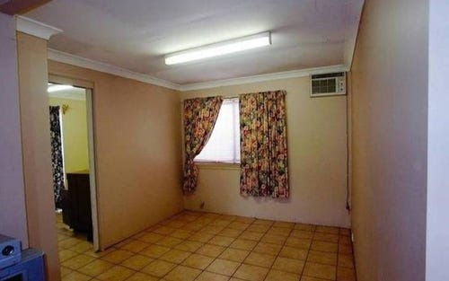 17A Pitcairn Avenue, Lethbridge Park NSW