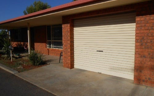 Unit 5/16 Ebelina Crescent, Parkes NSW 2870
