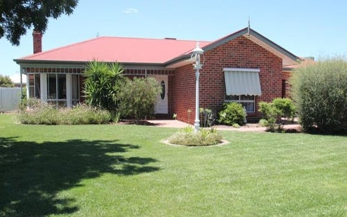3 Ingo Renner Drive, Tocumwal NSW 2714