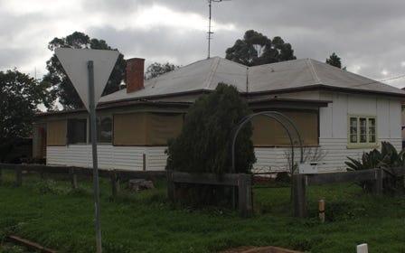 16 Mingelo Street, Peak Hill NSW 2869