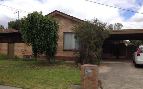 319 Parkland Crescent, Lavington NSW