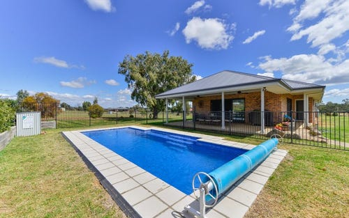 2 Songlark Place, Tamworth NSW 2340