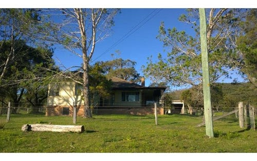 8 KILLAOE LANE, East Seaham NSW