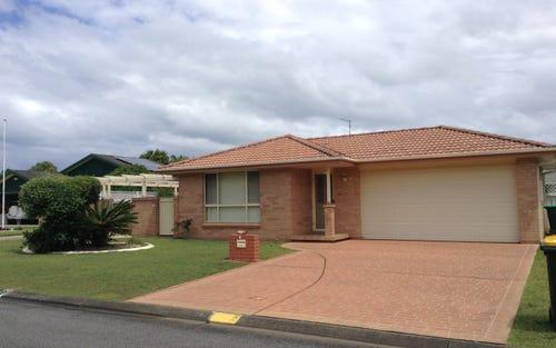 4 Michaela Crescent, Forster NSW