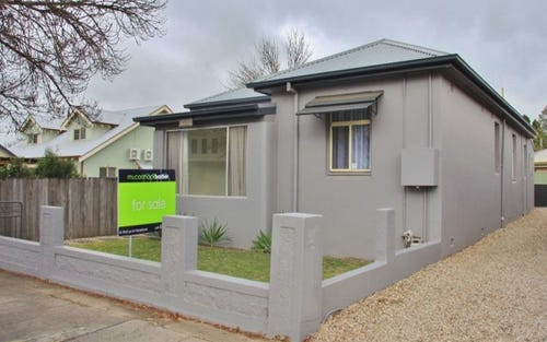 254 Rocket Street, Bathurst NSW 2795