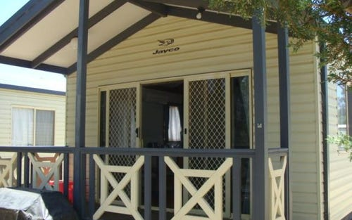 Cabin 67 Murray River Holiday Park Blair St, Moama NSW 2731