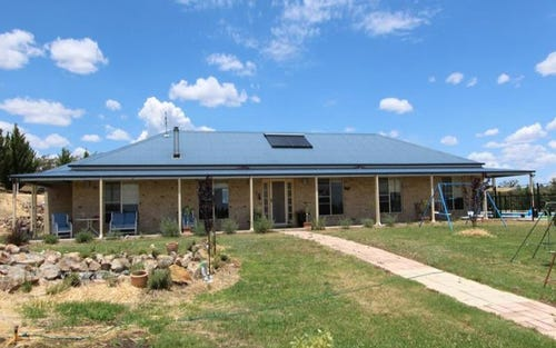 64 Doncaster Drive, Inverell NSW 2360