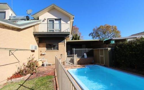 8 Vernon Street, Woodstock NSW 2360