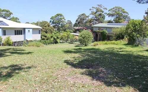 27 Bannister Head Rd, Mollymook Beach NSW 2539