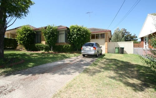 8 Nancy St, St Marys NSW 2760
