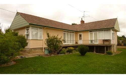 6 Boundary Street, Berridale NSW 2628