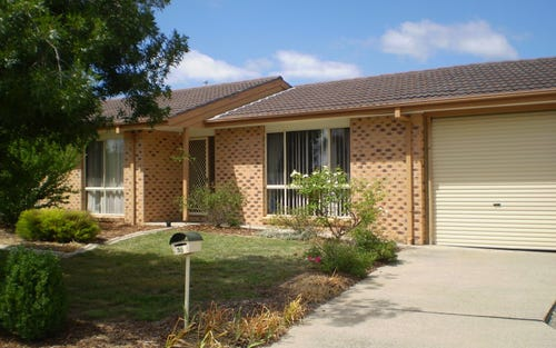 35 Cromwell Circuit, Isabella Plains ACT