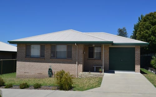 20B Brownleigh Vale Dr, Inverell NSW 2360
