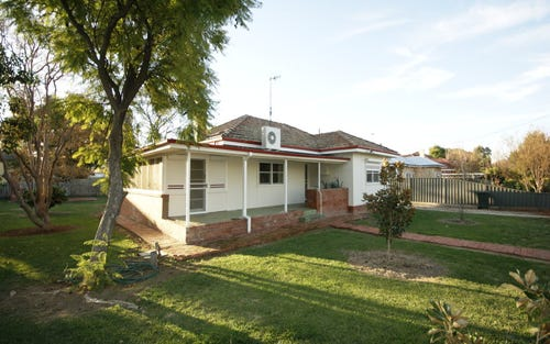 81 Wellington Street, Deniliquin NSW 2710