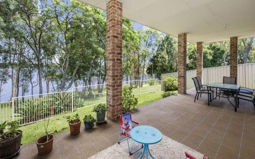 74 Teragalin Dr, Chain Valley Bay NSW 2259