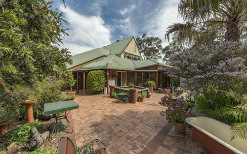 24 Lonergan Drive, Queanbeyan ACT 2620