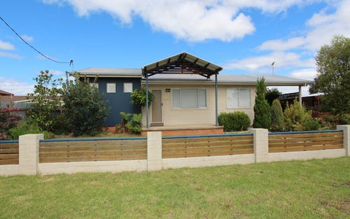 103 Lawrence Street, Woodstock NSW 2360