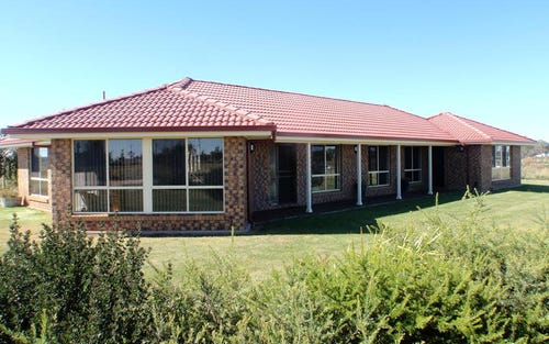 5 Lakeview Road, Guyra NSW 2365