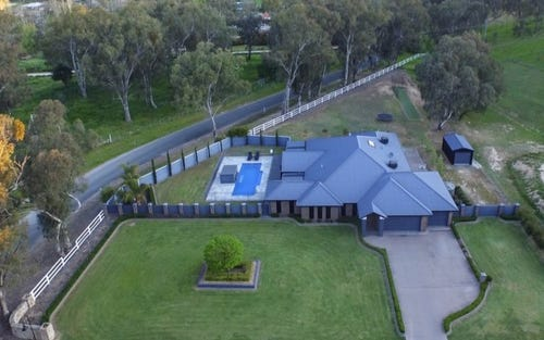 3 Abbott Drive, Lavington NSW 2641