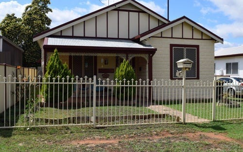 5 East Street, Parkes NSW 2870