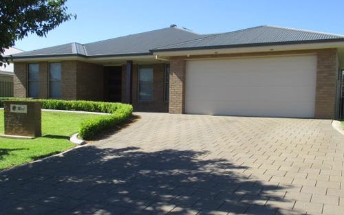 7 Ripple Court, Dubbo NSW