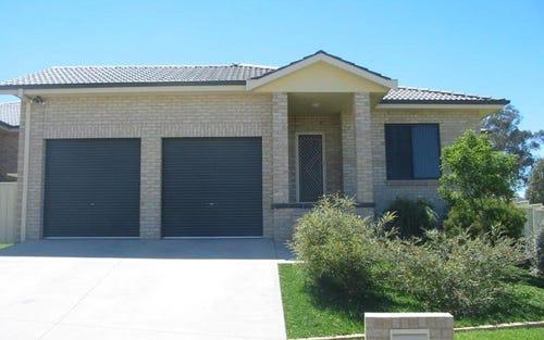 12 Conimbla Crescent, Tamworth NSW