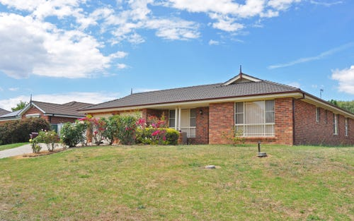 12 Ussher Crescent, Windradyne NSW