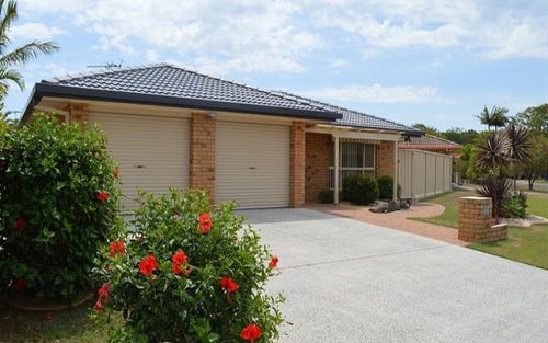 25 Admiralty Ct, Yamba NSW 2464