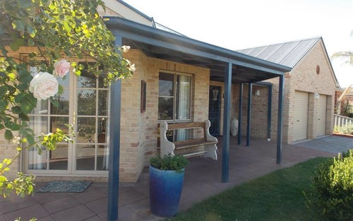 36 Fisher Street, Parkes NSW 2870