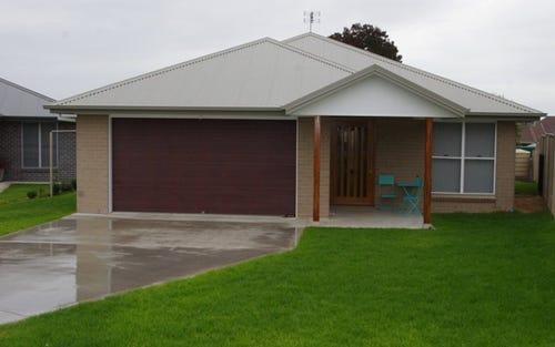 39 Sapphire Street, Woodstock NSW 2360