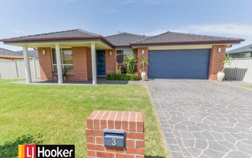3 Bowman Drive, Westdale NSW