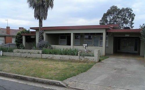 284 Highview Crescent, Lavington NSW
