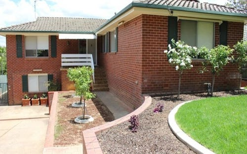 54 Mimosa Drive, Mount Austin NSW 2650
