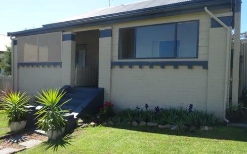 8 Nelson St, Abermain NSW 2326