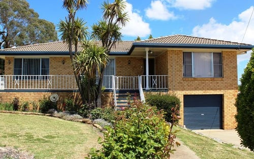 17 Cross Street, Glen Innes NSW 2370