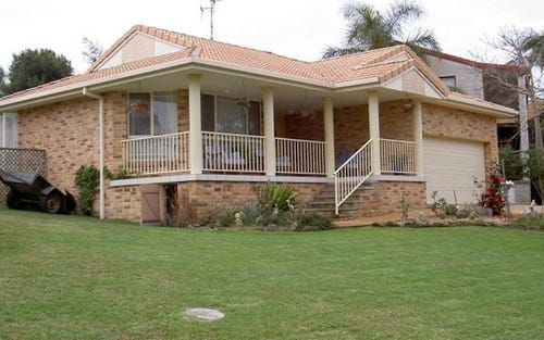 12 Coromont Drive, Hallidays Point NSW 2430