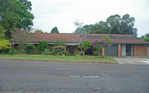 11 Russell Avenue, North Nowra NSW 2541
