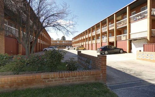 1/20 TRINCULO PLACE, Queanbeyan ACT