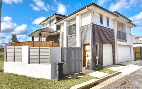 2/60 Hezlett Rd, Kellyville NSW 2155