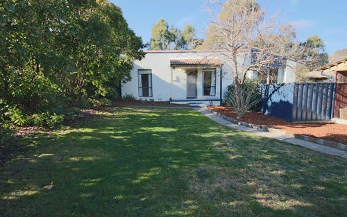 15 Donnison Place, Charnwood ACT 2615