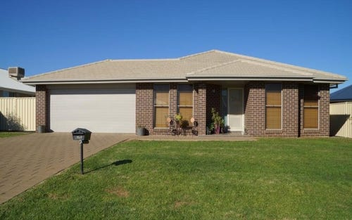 7 Durum Court, Dubbo NSW