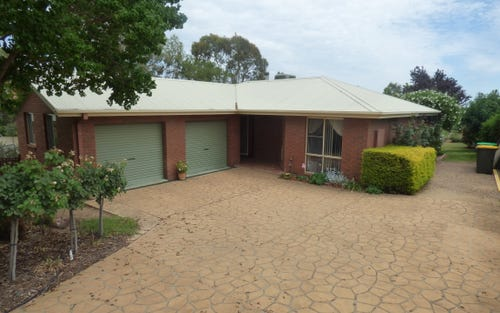 17 Tadros Ave, Young NSW