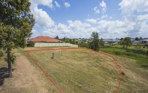 148 Aberglasslyn Rd, Rutherford NSW 2320