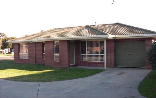 1/12 Neptune Drive, Lavington NSW