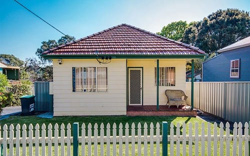 36 Walford St, Wallsend NSW