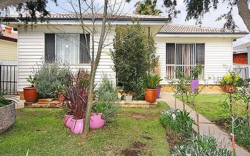 26 Green St, Tamworth NSW 2340