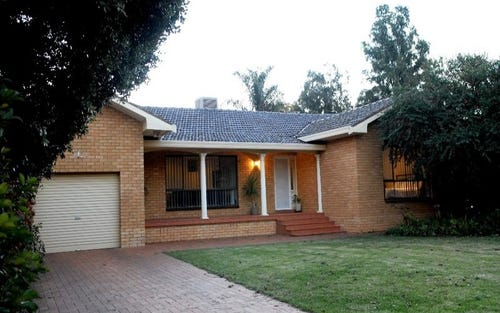 28 POOLE STREET, Griffith NSW