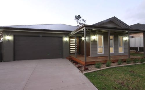 39 Hewitt Avenue, St Georges Basin NSW 2540