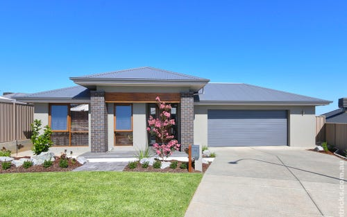 24 Pooginook Place, Bourkelands NSW 2650